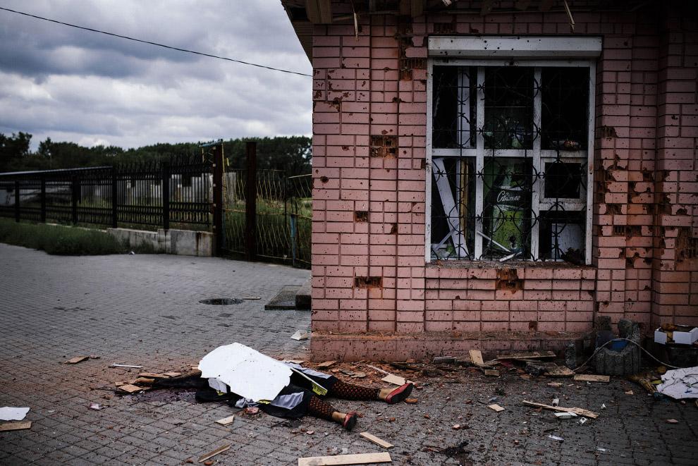 Погибший после обстрела в городе Макеевка
