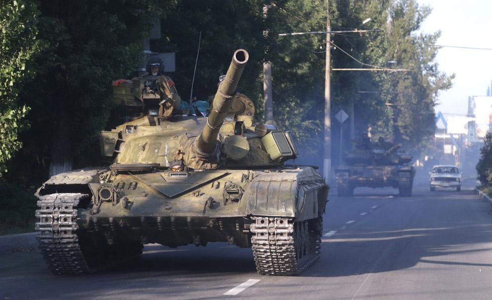 Повстанцы возле города Макеевка в Восточной Украине