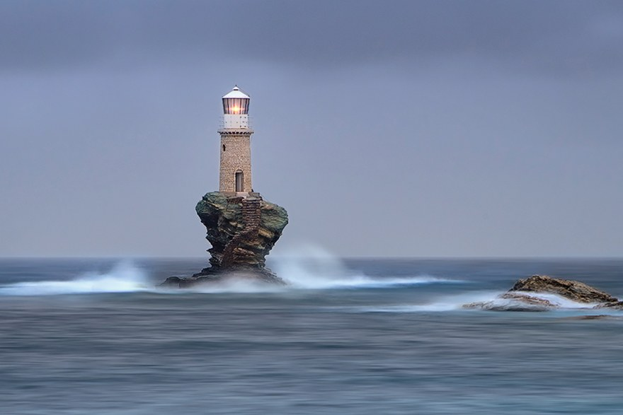 Маяк на острове Андрос, Греция