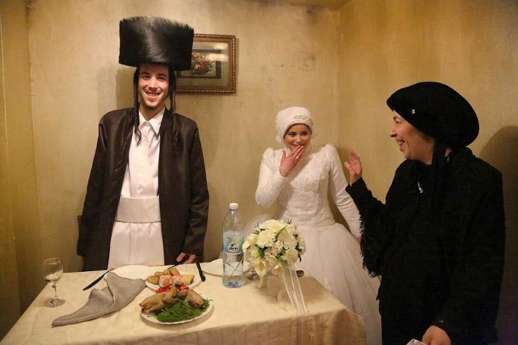 Молодожены из ультраортодоксального района Иерусалима