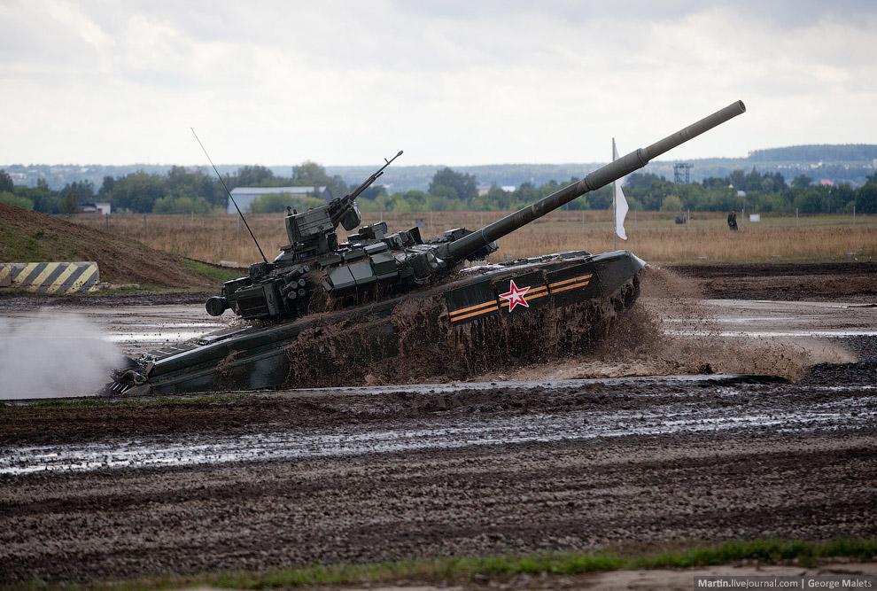 Танковое шоу в Жуковском 2014