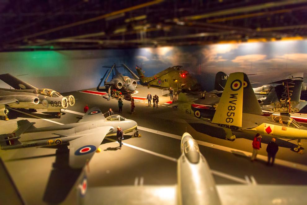 Миниатюрный мир в музее авиации