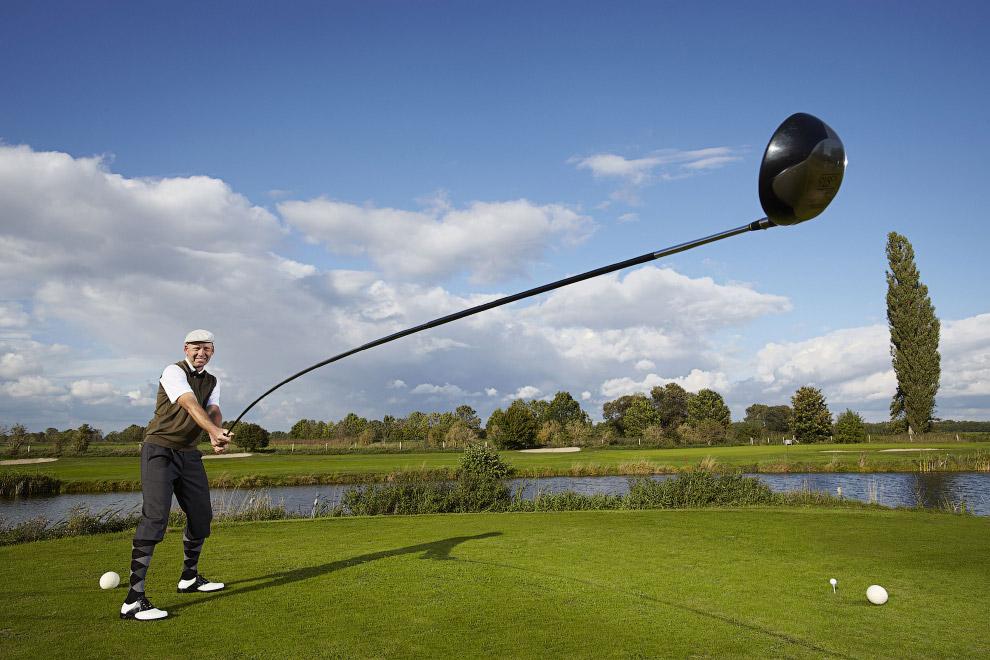 Самая большая клюшка для гольфа в мире имеет длину 4 метра 39 см