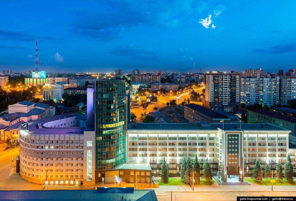 Офисный центр «Бизнес-Урал» и правительство Челябинской области