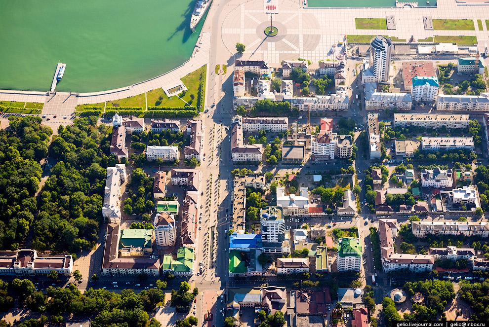 Пешеходная улица Новороссийской Республики