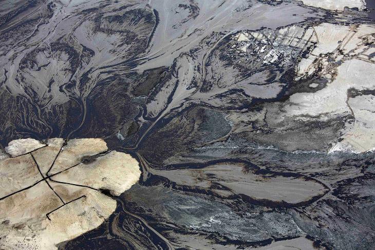 Нефтеносные пески в провинции Альберта, Канада