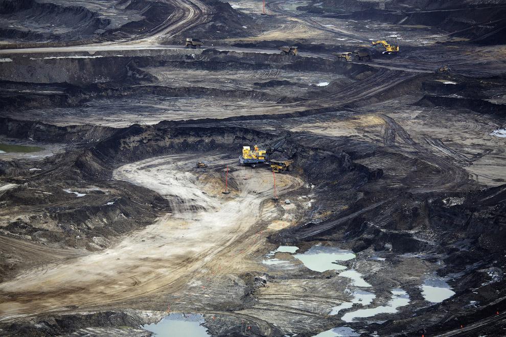 Погрузка нефтеносного песка