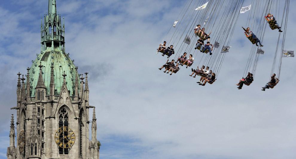 Многие немецкие семьи посещают Октоберфест только с детьми