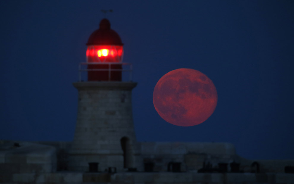 Осенняя Луна на Мальте