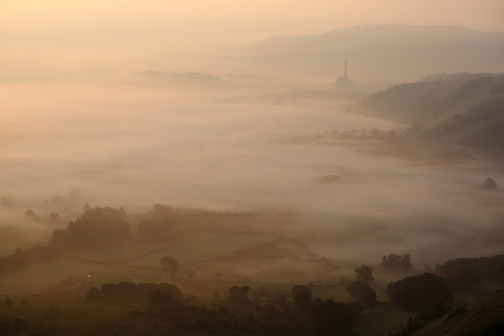 Осенний туман на рассвете