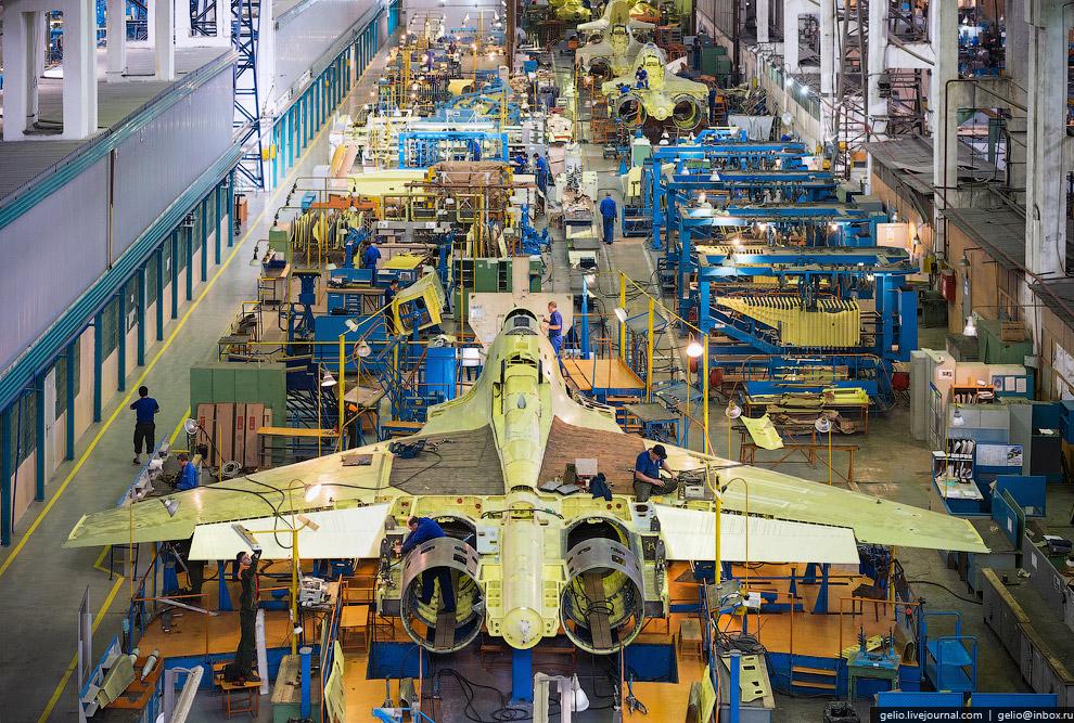 Линия сборки Су-30МКИ и Су-30СМ