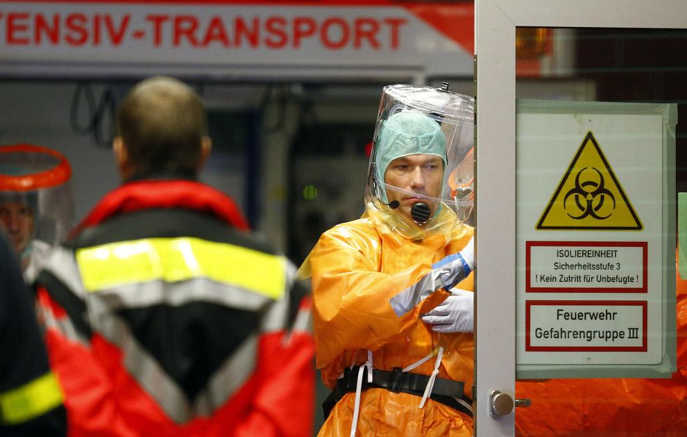 Завернутые в полиэтилен: вирус Эбола