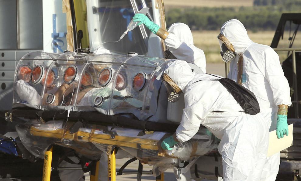 Инфицированный на военной базе в Мадриде, Испания