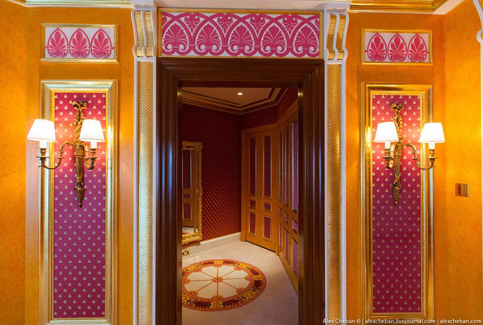 Золото для шейхов: самый дорогой номер в самом роскошном отеле мира