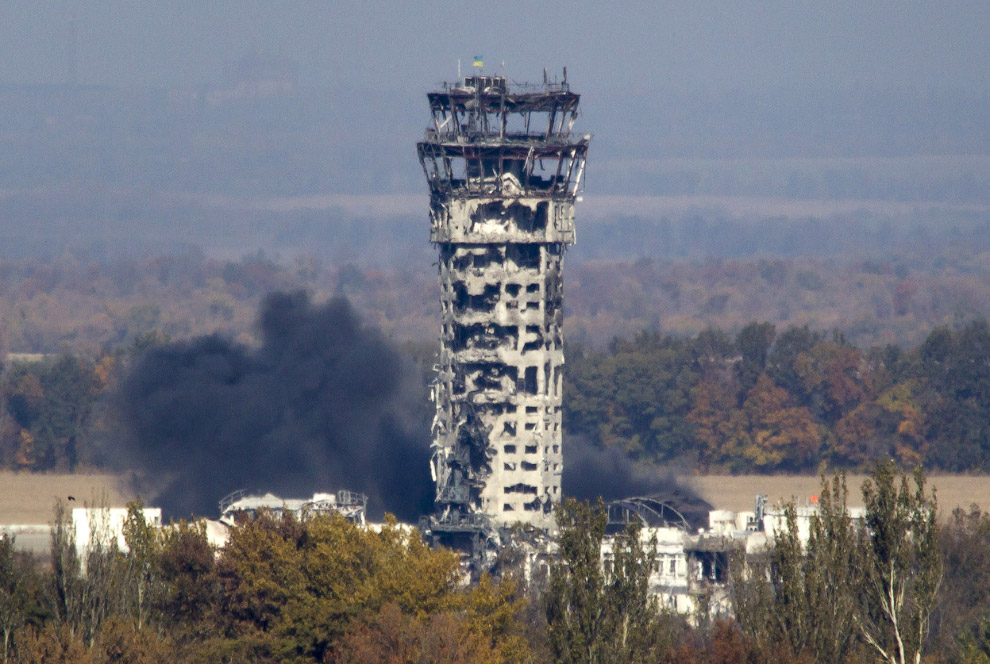 Основные бои ведутся в нескольких района Донецка вокруг аэропорта