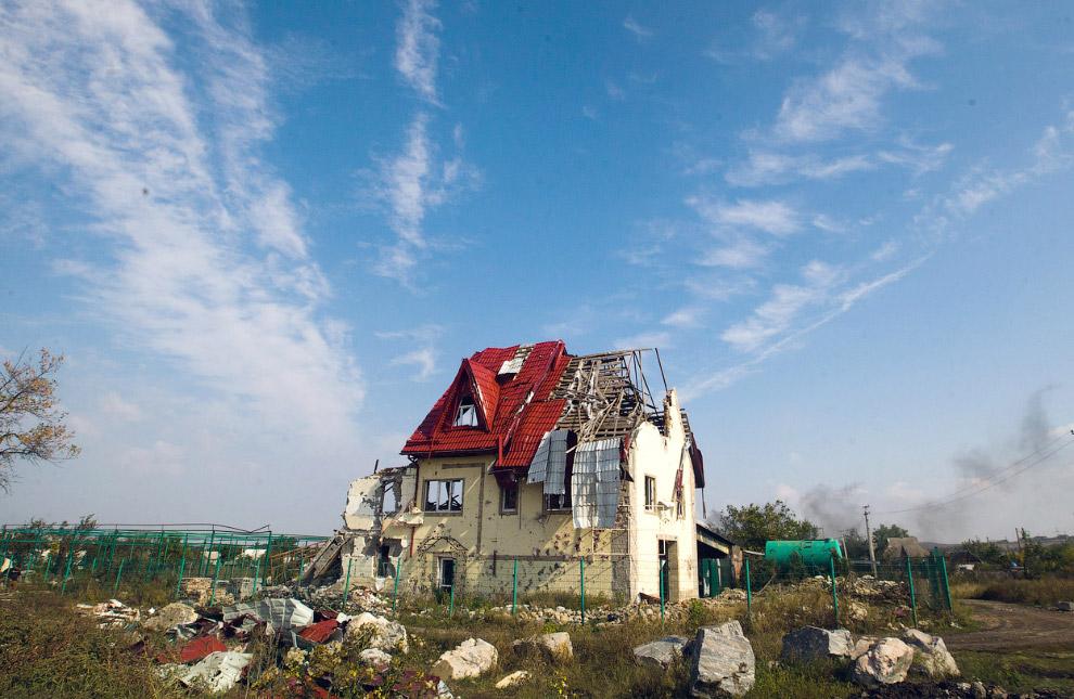 Разрушенный дом в селе Семеновка