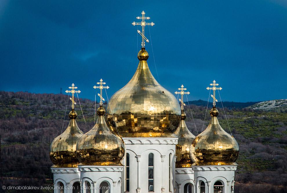 Златоглавый Свято-Троицкий кафедральный собор