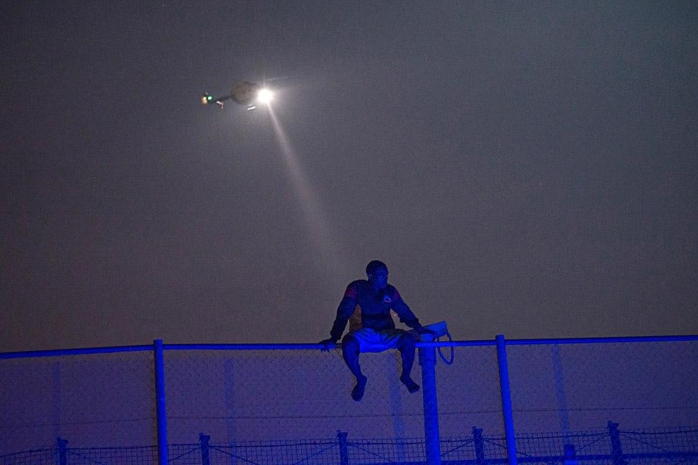 4 июня 2014 года около 400 мигрантов штурмовали границу ранним утром