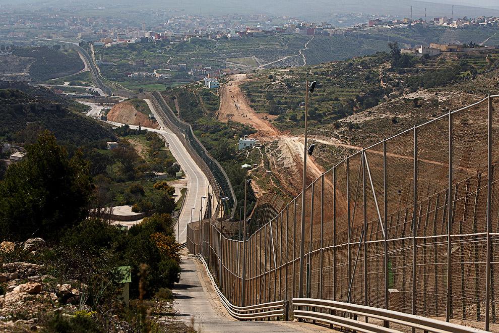 11-километровый участок границы и тройной забор