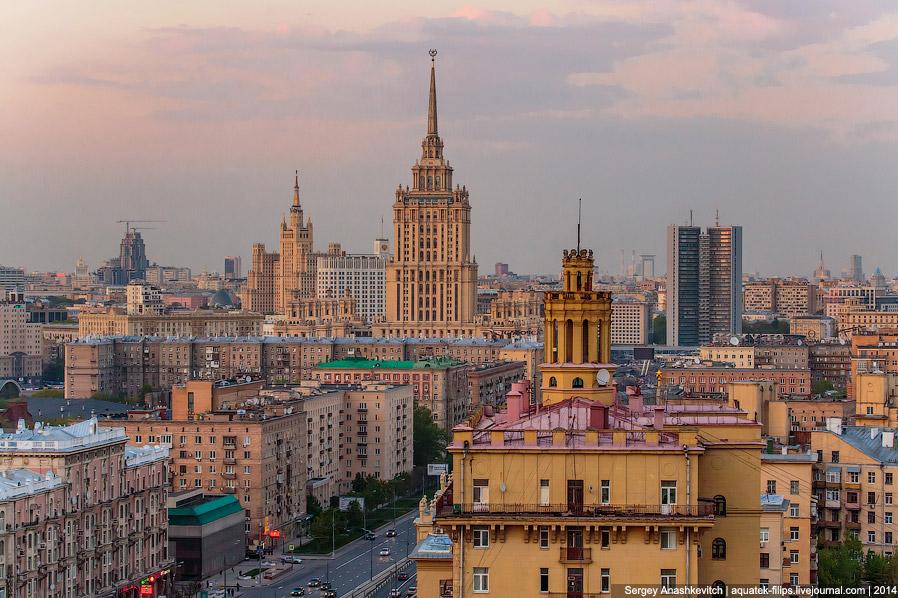 Здания гостиницы Украина и СЭВ