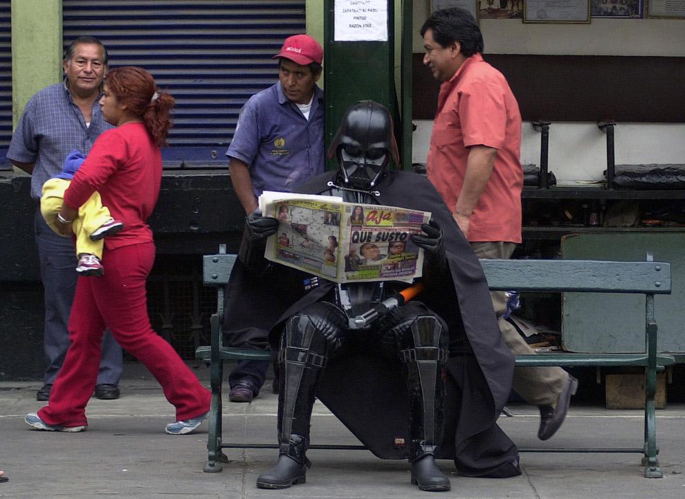 В ожидании премьеры «Звёздные войны. Эпизод III: Месть ситхов» в Лиме, Перу