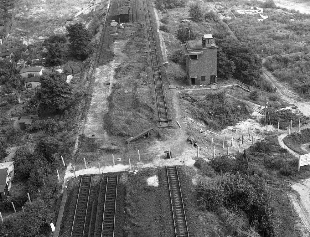 Разбор рельсов для поездов, идущих с востока на запад