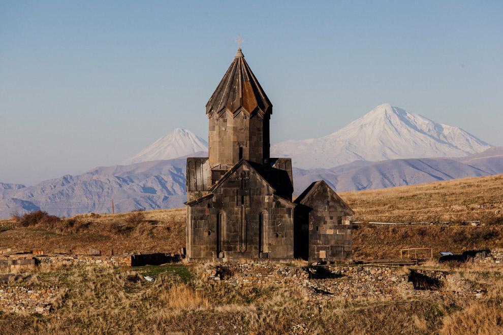 Монастырь Танаат