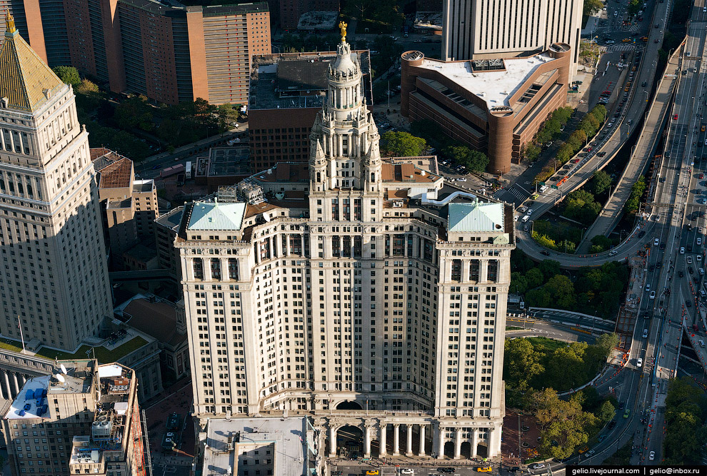Муниципальное здание Манхэттена (Manhattan Municipal Building)