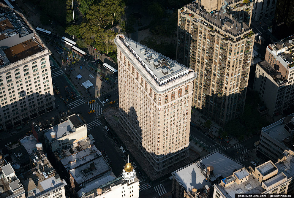 Флэтайрон Билдинг (Flatiron Building)