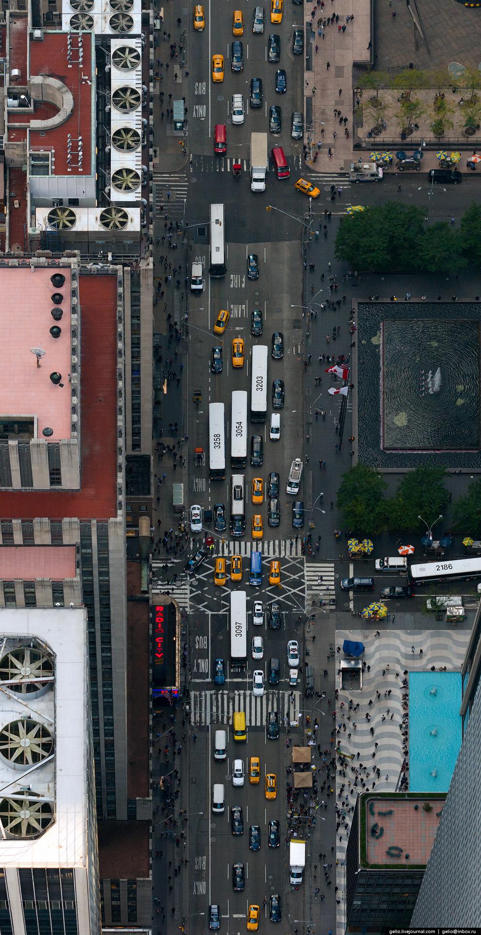 Трафик на Шестой авеню