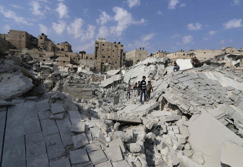 Но вернемся к Сирии, где война оставляет за собой руины древнейших в мире городов