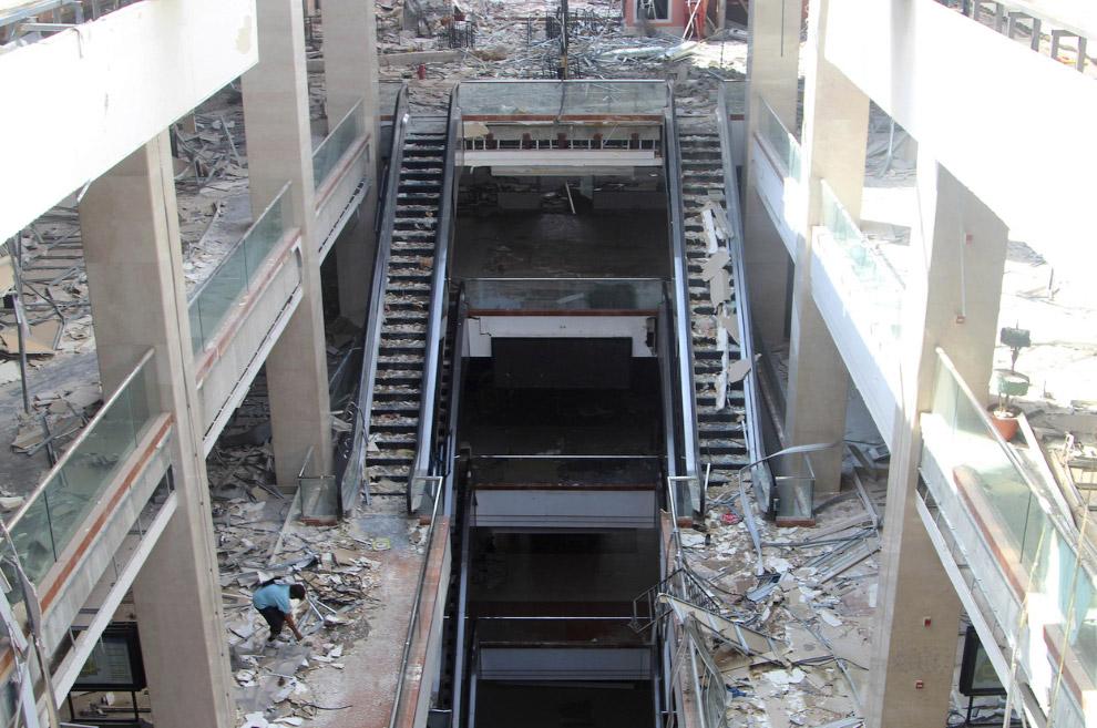 Один из крупнейших коммерческих торговых центров в Сирии