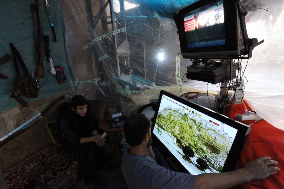 Высокие технологии в цитадели Алеппо, расположенной в центре Алеппо на севере Сирии