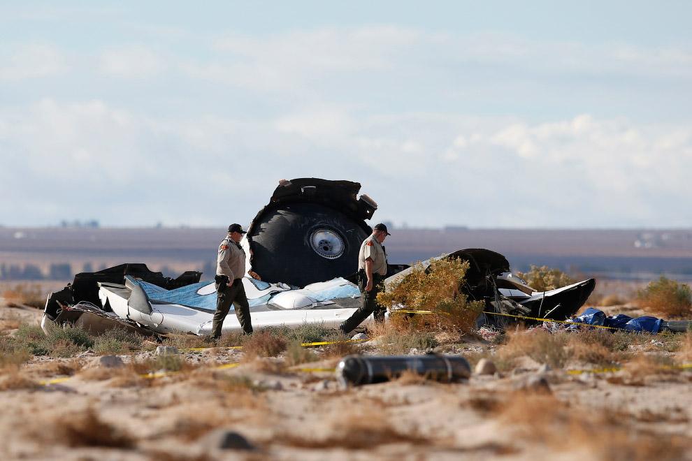 Причина крушения SpaceShipTwo компании Virgin Galactic пока точно не известна