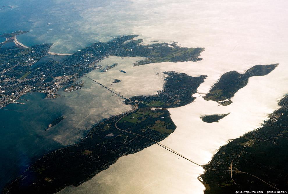 Конаникут (Conanicut Island) — американский остров, относящийся к штату Род-Айленд.