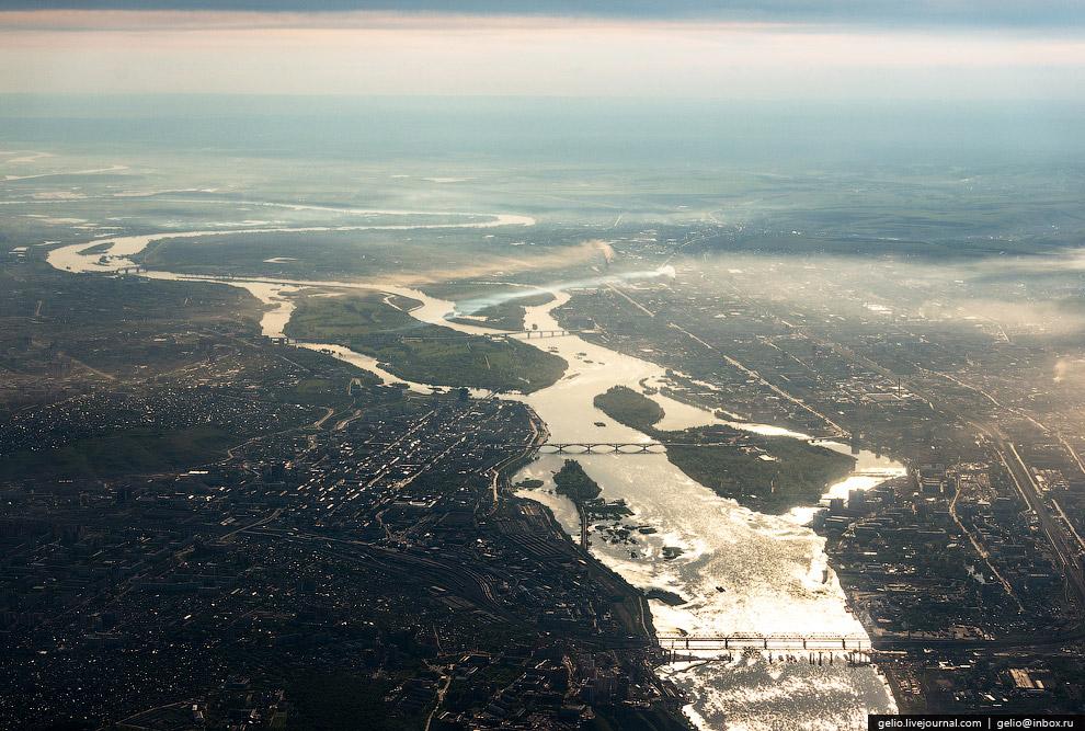 Енисей, протекающий через Красноярск