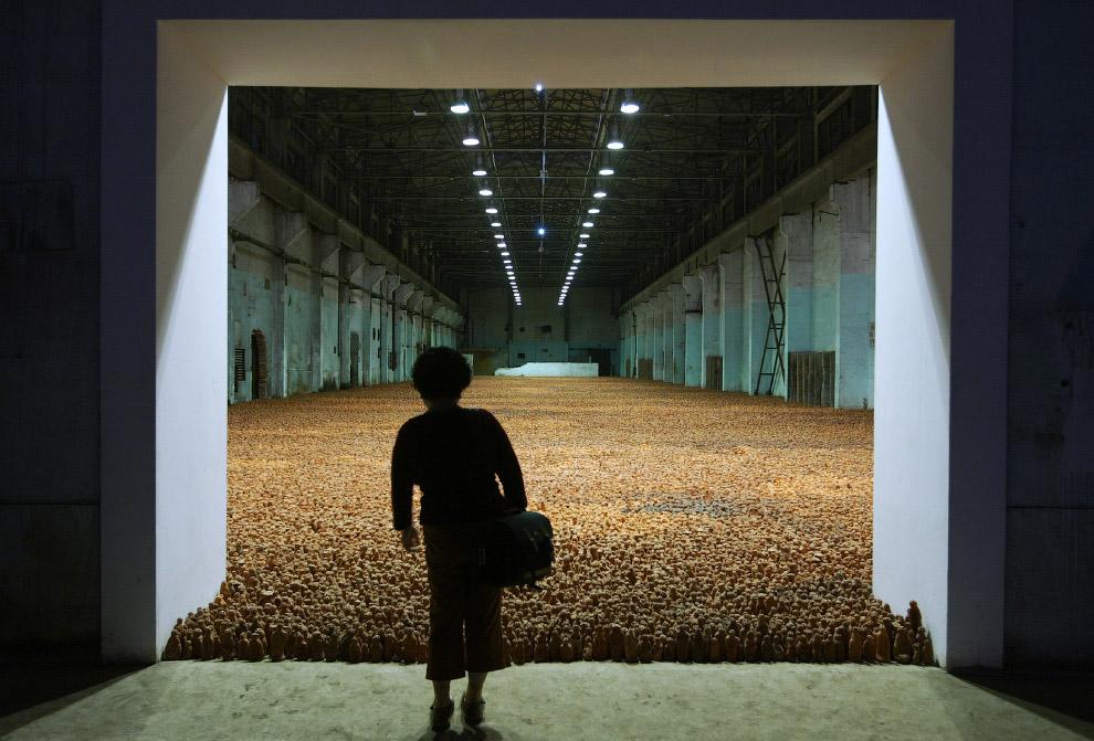 Большая инсталляция на заводе в Шанхае