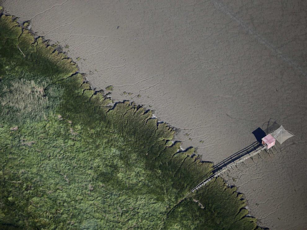 Отлив в рыбацкой деревне