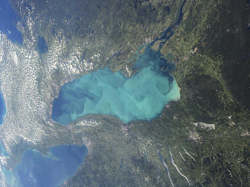 Онтарио — озеро в США и Канаде