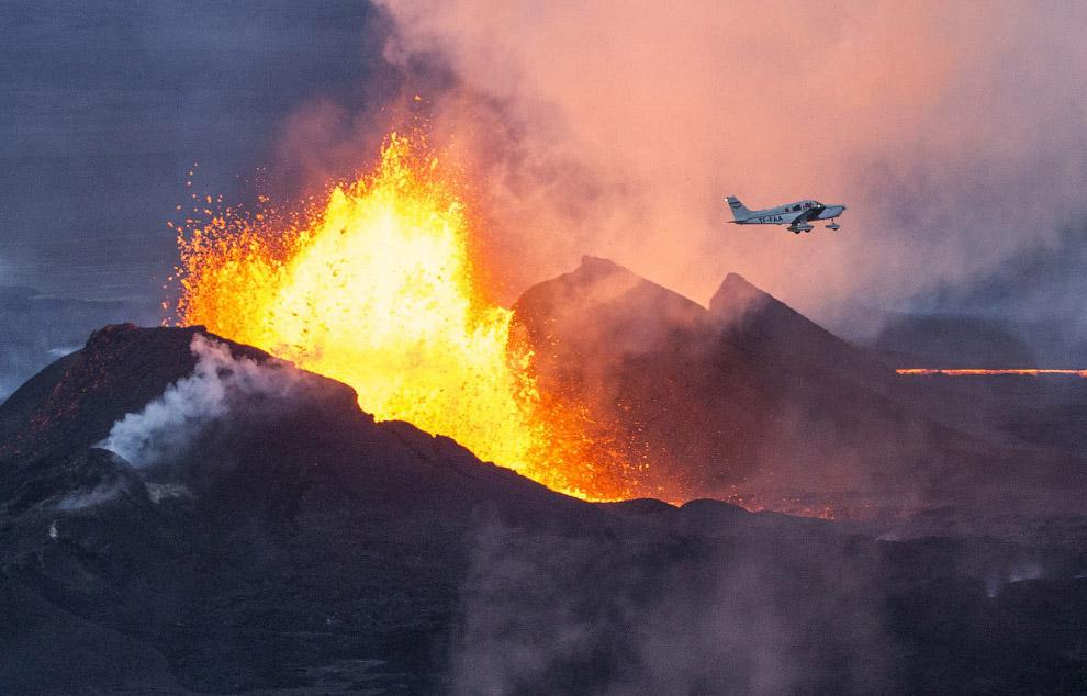 Извержение вулкана Ба́урдарбунга