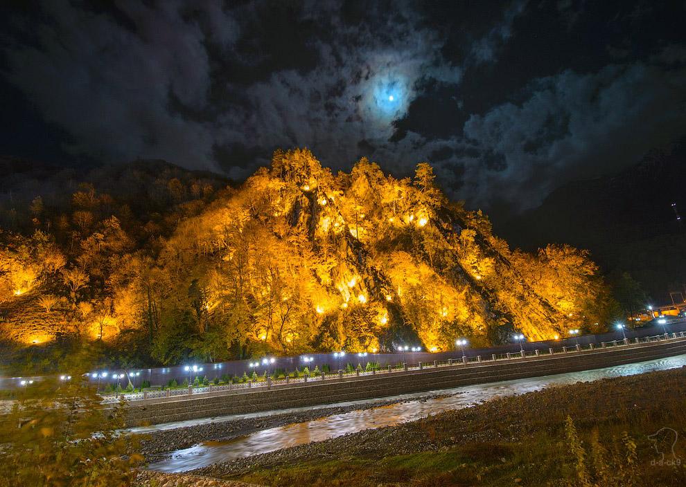 Река Лаура — правый приток Мзымты
