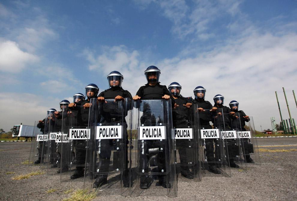 Отряд быстрого реагирования из Мексики