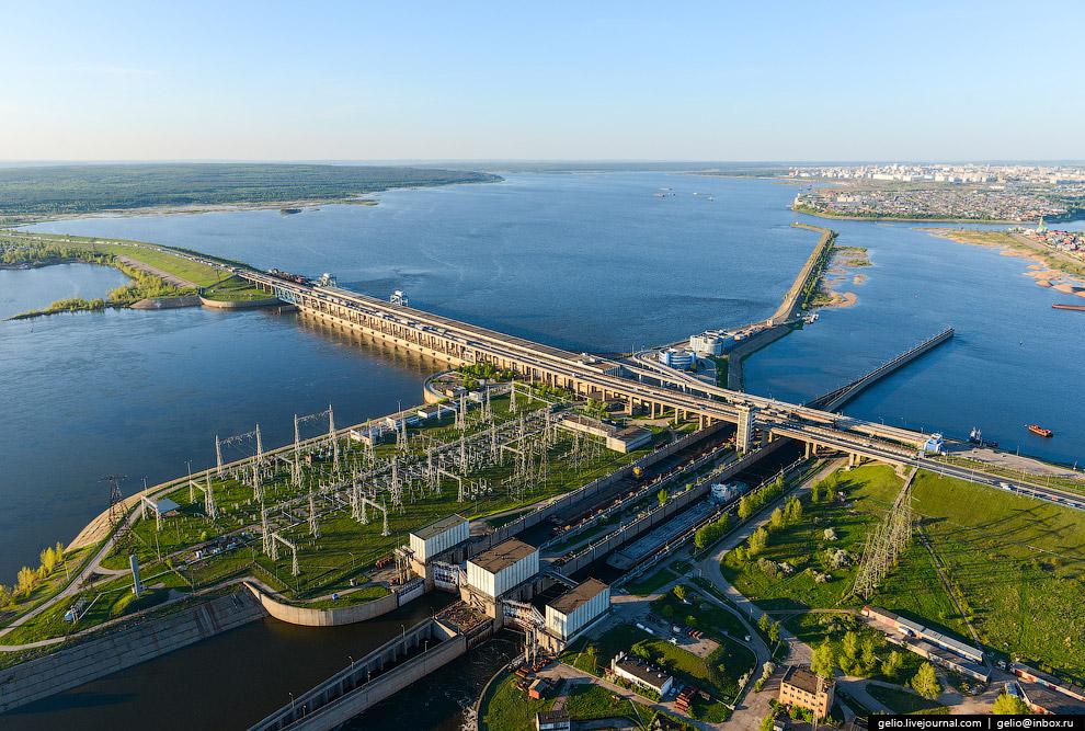 Нижнекамская ГЭС — четвертая ступень каскада ГЭС на реке Каме.