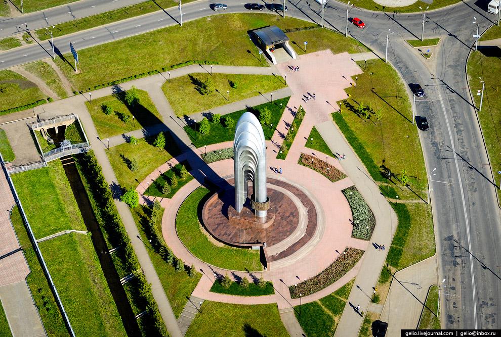 Монумент 60-летия нефти Татарстана