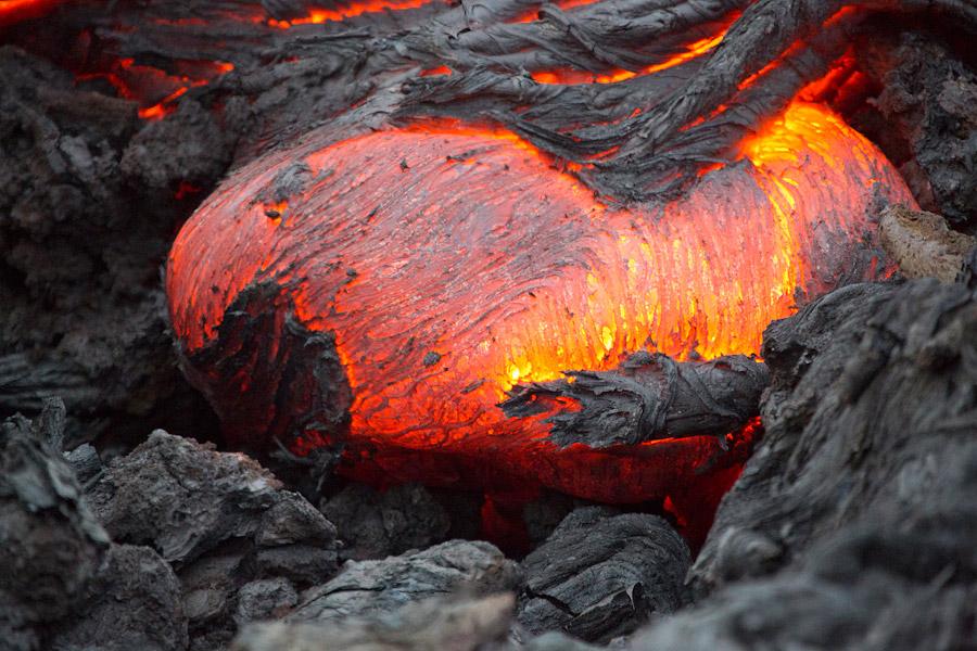 Как снять извержение вулкана