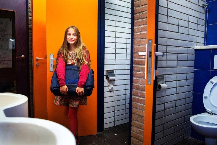 Это обычная школа в Бельгии