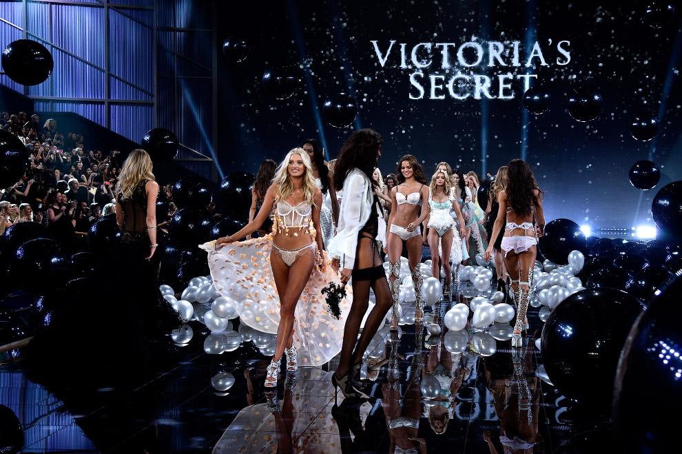 Ежегодное шоу Victoria`s Secret 2014