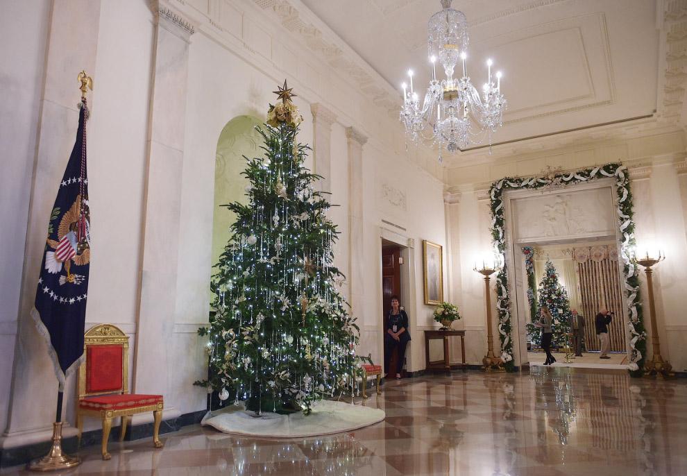 Кросс-холл Белого дома