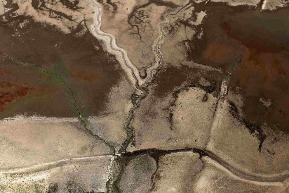 Плотина и водохранилище Жагуари во время сильнейшей засухи в Бразилии