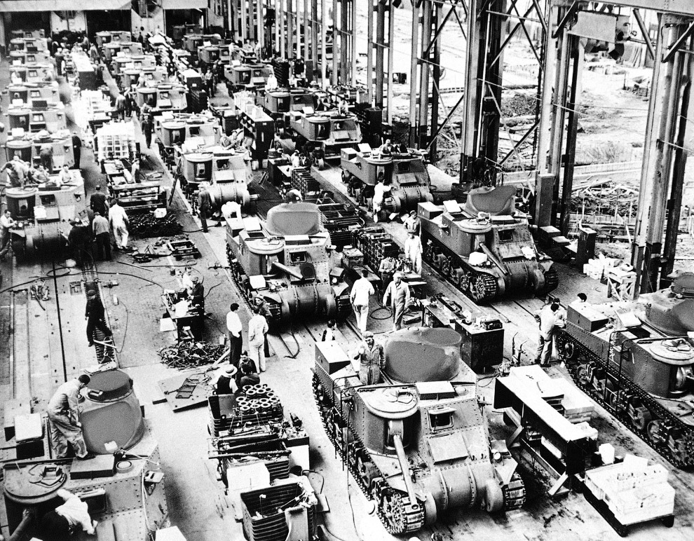 Корпорация Chrysler в Детройте в экстренном порядке наладила производство 28-тонных танков